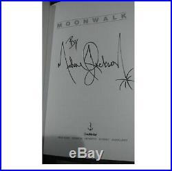 MICHAEL JACKSON MOONWALK BOOK First Edition HCDJ Autobiography RARE