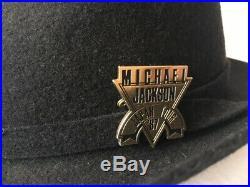Michael Jackson Japan Tour souvenir fedora with badge. No promo. Mega rare
