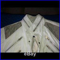 Ultra Rare Vintage White Beat it Jacket MIchael Jackson (Metal)